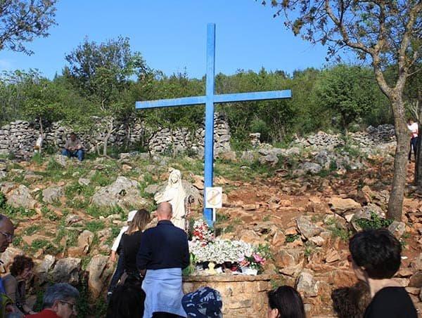 la croce blu medjugorje