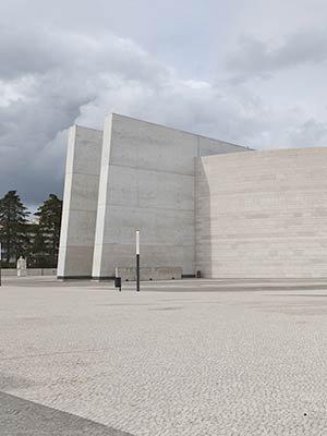 La Basilica della Santissima Trinità a Fatima
