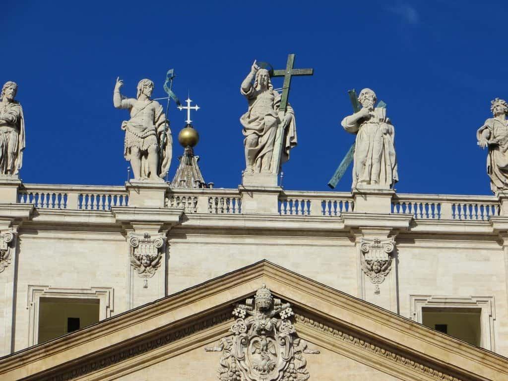 basilica-di-san-pietro-facciata