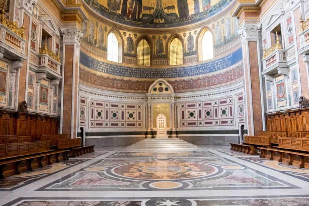Basilica di San Giovanni in Laterano interni