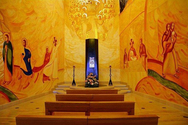 Padre Pio navata santuario